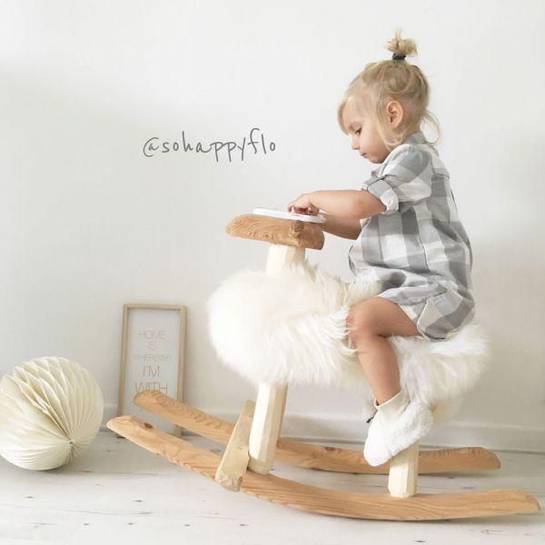 Mouton à bascule – Emil